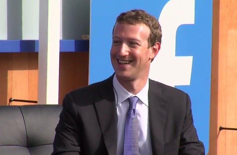Zuckerberg fa lezione all'università: aula vuota da imbarazzo per il fondatore di Fb