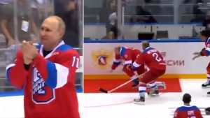 vladimir_putin_hockey_su_ghiaccio_12121731
