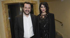 Elisa Isoardi: «Salvini? L'ho chiamato dopo la colica, siamo