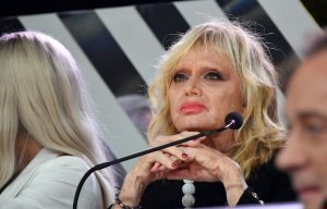 Rita Pavone, like 'galeotto' su Twitter a una pagina fascist