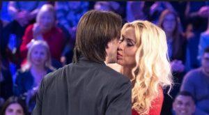 Valeria Marini presenta a Verissimo il suo nuovo fidanzato Gianluigi, e su ...