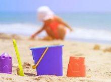 5031063_1519_genitori_sesso_figlio_spiaggia
