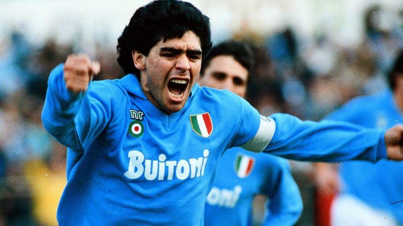 Maradona, la camera ardente alla Casa Rosada. Oggi la ...